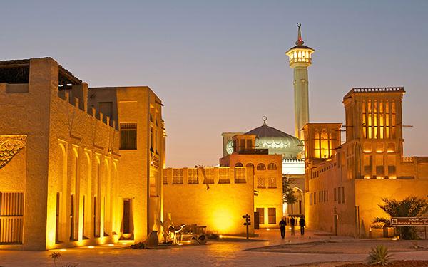 Trốn khỏi một Dubai toàn nhà chọc trời - Ảnh 1