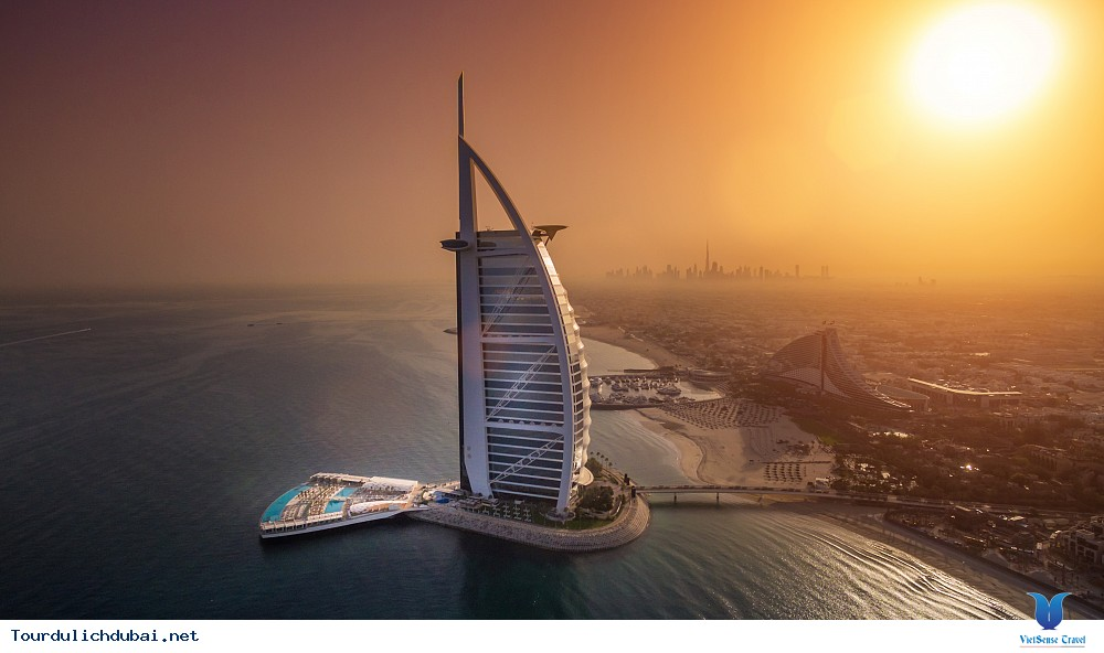 Tết ''lạ lùng'' trên thành phố Dubai - Ảnh 2