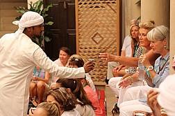 Khám Phá Những Điều Thú Vị Về Người Dân Dubai