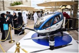 Khám phá taxi bay ở Dubai không người lái