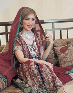 Lấy chồng Dubai: Lọ Lem Thái Lan 60 tuổi tiêu 2 tỷ mỗi ngày