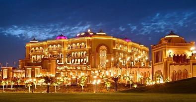 Những Kỉ Lục Đáng Kinh Ngạc Của Khách Sạn Emirates Palace