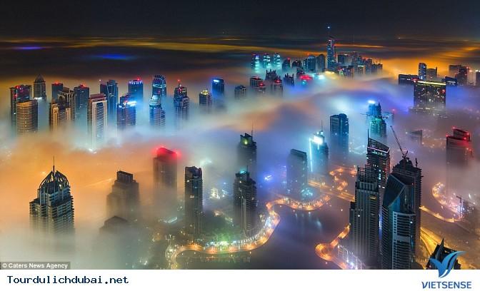 Bình minh Dubai trong lớp sương mù nhiều mầu sắc - Ảnh 4
