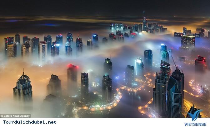 Bình minh Dubai trong lớp sương mù nhiều mầu sắc - Ảnh 5