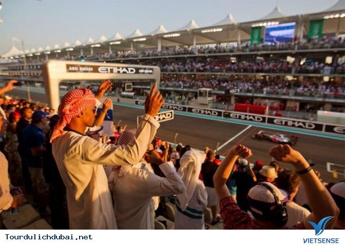 Những Trải nghiệm thú vị khi tới Abu Dhabi hàng xóm của Dubai - Ảnh 20