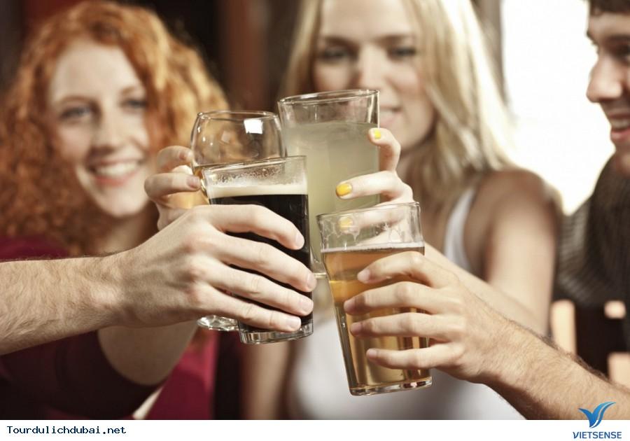 Một vài quy định quản lý rượu tại Dubai - Ảnh 1