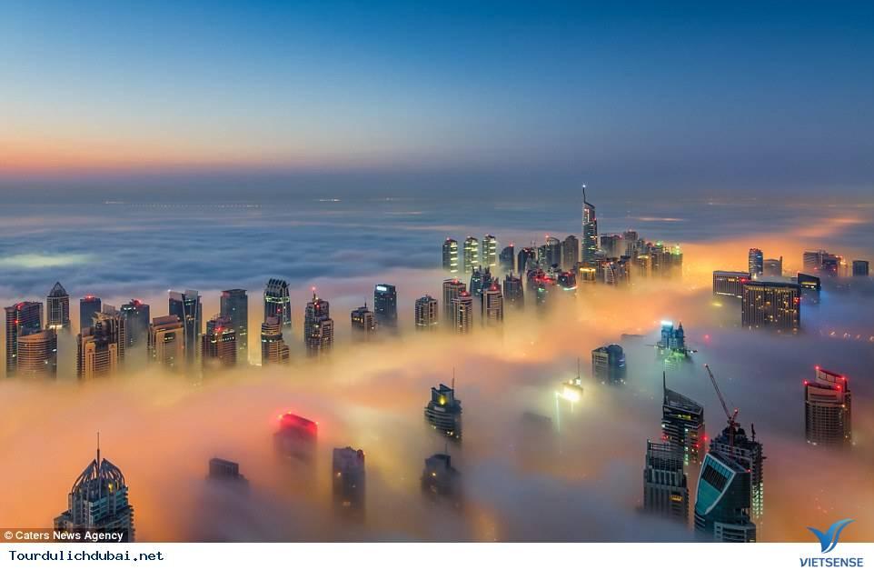 Bình minh Dubai trong lớp sương mù nhiều mầu sắc,binh minh dubai trong lop suong mu nhieu mau sac