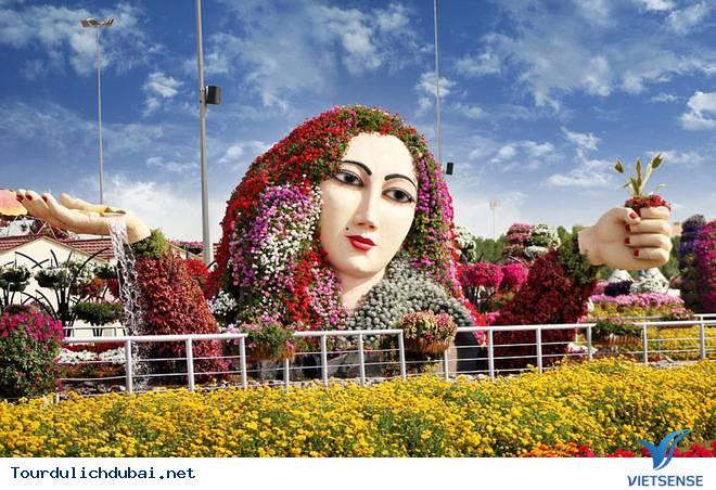 Chiêm Ngưỡng Vườn Hoa Diệu Kỳ Giữa Sa Mạc Ở Dubai - Ảnh 10