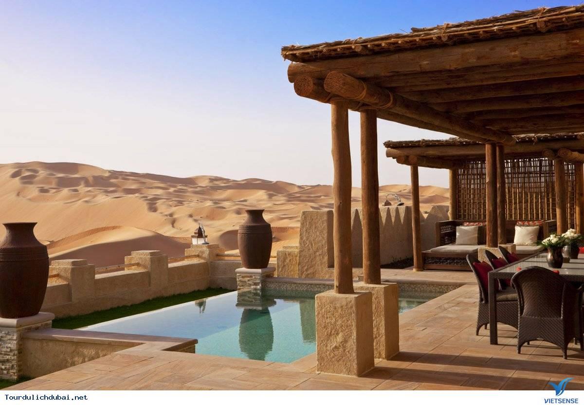Chuyện thật như đùa: nghỉ mát trên sa mạc - Ảnh 3