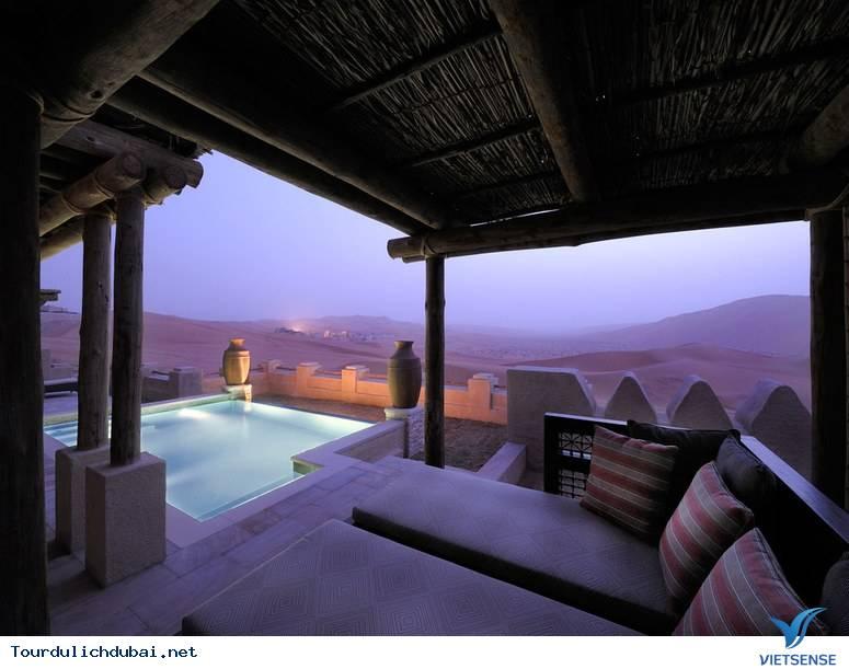 Chuyện thật như đùa: nghỉ mát trên sa mạc - Ảnh 11