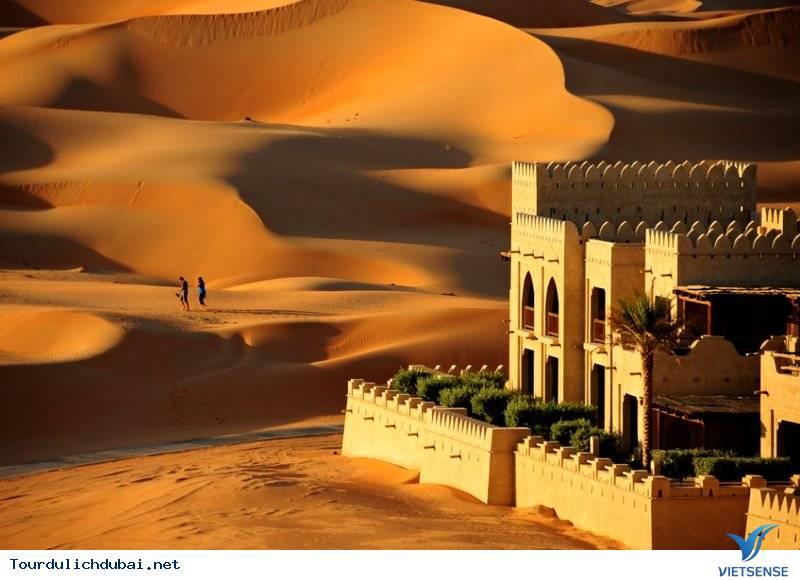 Chuyện thật như đùa: nghỉ mát trên sa mạc - Ảnh 8