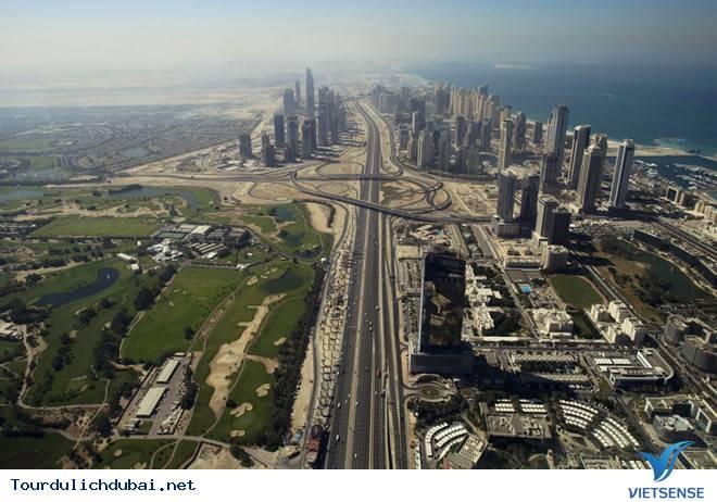 """Con đường """"xịn"""" nhất Dubai"""