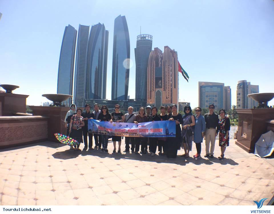 Hình ảnh đoàn du lịch Dubai 5/4-10/4/2017 do Vietsense tổ chức - Ảnh 2