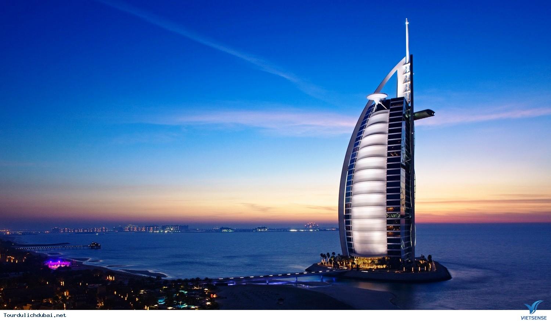 Khách sạn 7 sao Burj Al Arab - Ảnh 1