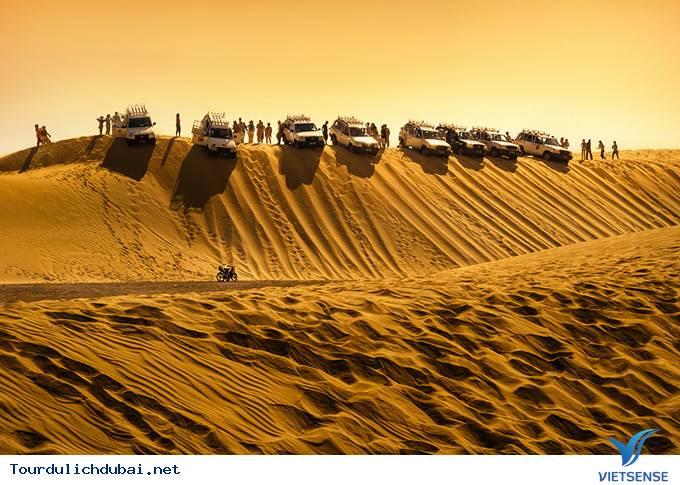 Khám Phá Hành Trình Cho Bữa Ăn Tối Trên Sa Mạc Safari - Ảnh 1