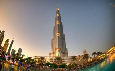 Khám Phá Tòa Nhà Cao Nhất Thế Giới Burj Khalifa - Ảnh 2