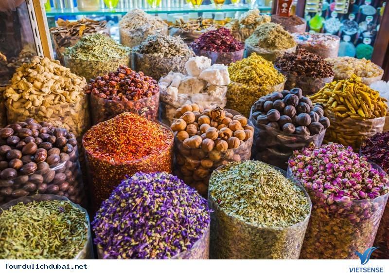 Lạc lối trong chợ gia vị Spice Souk ở Dubai - Ảnh 2