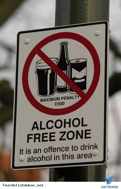 Một vài quy định quản lý rượu tại Dubai - Ảnh 4