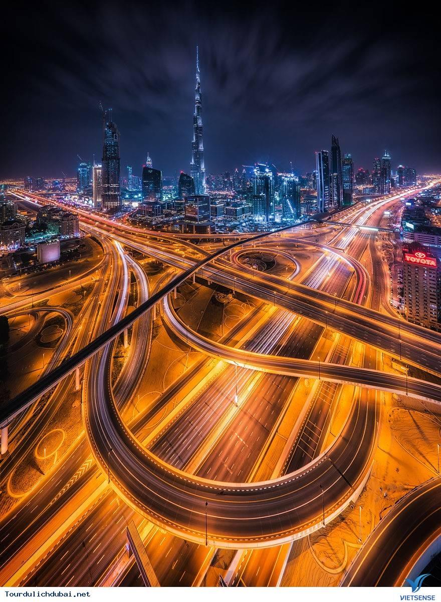 Ngắm nhìn Dubai về đêm đẹp hơn cả tưởng tượng - Ảnh 1