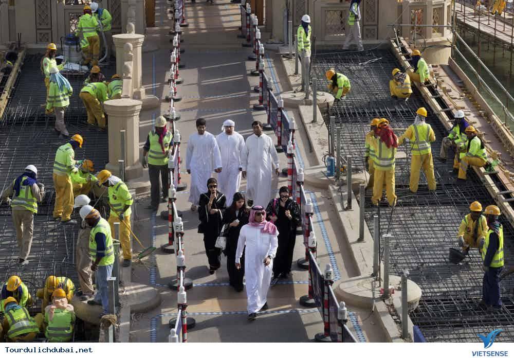 Những sự thực phũ phàng tại thành phố Dubai - Ảnh 5