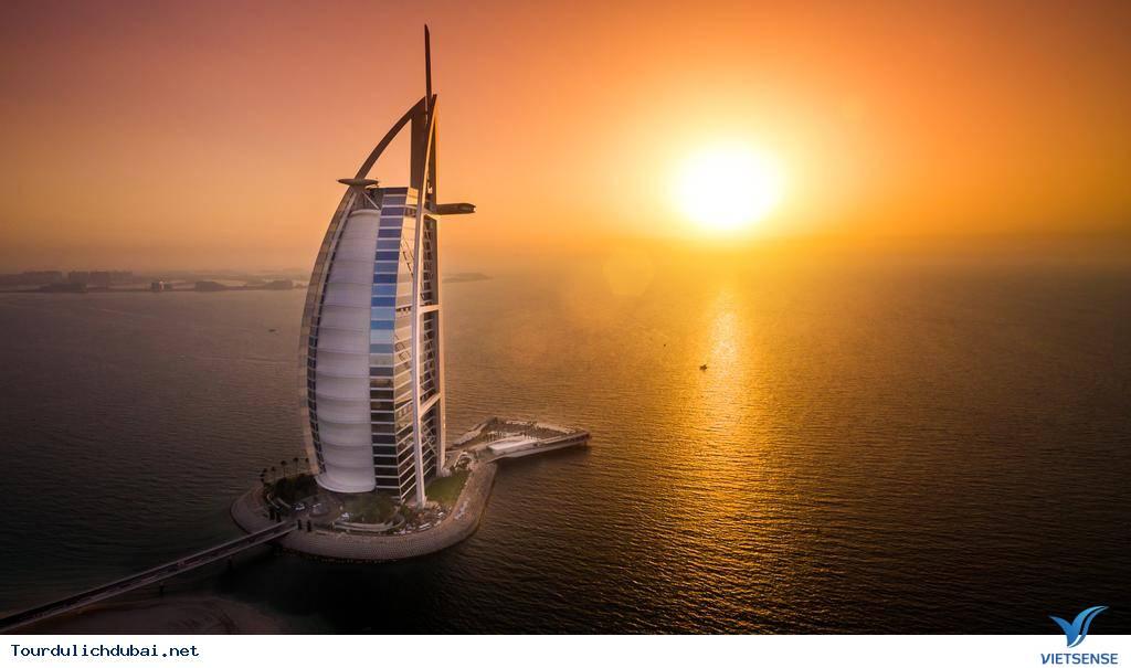 Những trải nghiệm chỉ hội con nhà giàu mới dám làm ở Dubai - Ảnh 1