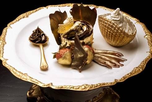 Đến Dubai thưởng thức bánh ngọt đắt nhất thế giới - Ảnh 1